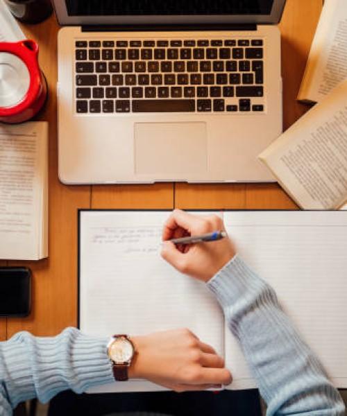 英文不好怎么做assignment?需要什么写作技巧怎么做Assignment才能过?